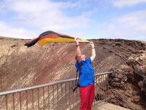 Nach dem Fussball WM Sieg auf dem Vulkan Calderon Hondo