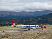 Whitehorse Airport - Grüsse in die Schweiz...