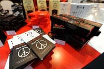 Tablettes de chocolat sans sucre au Salon du goût à Turin, le 24 octobre 2008
