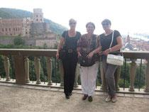 Die Praktikantinnen bei einem Ausflug in Heidelberg