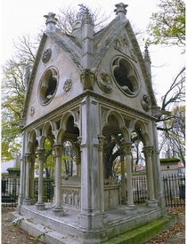 Cimitero del Paraclito - tombe di Abelardo ed Eloisa