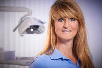 Dentalhygienikerin Heidi Zühlsdorf, Zahnarztpraxis Motyka Siegen (© Heiner Morgenthal)