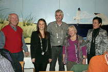 Foto: Ludwig Jürgens, Carolin Gundlach, Holger Ansmann, die vorherige >> Kohlkönigin Lieselotte Moser, Christine Will