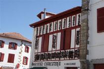 facade maison espelette