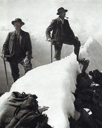 Haslitaler Bergführer 1908 auf dem Gipfel des Bietschhorns
