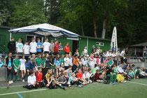 """Insgesamt 120 Kinder nahmen auf Kreisebene an """"Jugend trainiert"""" im Feldhockey auf dem LHC-Platz teil."""