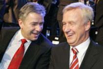 offen zu seiner Homosexualität bekennt sich z. B. der Berliner Bürgermeister Wowereit