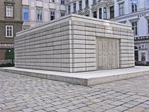 Mahnmal zur Erinnerung an die im NS ermordeten Jüdinnen und Juden von R. Withread am Wiener Judenplatz