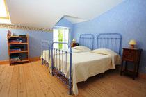 Chambre bleue gite de viéville sous les cotes - Meuse - Lorraine