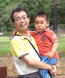 孫の祐希と野市動物公園(2013.9.29)