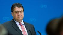 """""""Wir bedauern den Rücktritt von Bundesminister Friedrich"""", erklärte SPD-Chef Gabriel am Montag. (Foto: dpa)"""