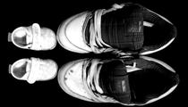 """""""due paia di scarpe a confronto"""" di Elisa Martorana"""