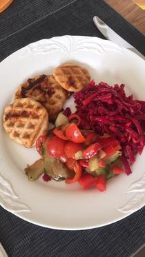 Pizzawaffeln mit Salat