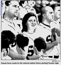 Nella foto Pamela Davis nell'organizzazione dei Detroit Tigers
