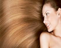 Gepflegte Haare unterstützen das Selbstwertgefühl.