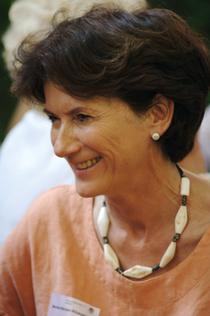Monika Nöcker-Ribaupierre