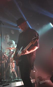 Christian Lebrecht, Bassist bei Golden Apes,  Dark Spring-Festival 2017 / Foto: Gothamella