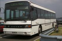 Le Kassbohrer S215SL numéro 56 du réseau Keolis Saint-Malo Agglomération au dépôt des Roueries.