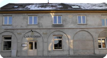 """-Fassade des """"Carpe Diem"""" im Januar 2013-"""