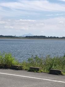 おなじみ谷中湖!遠くに筑波山見えるかな?