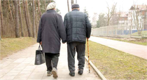 Die Bedürfnisse alter Menschen rücken zunehmend ins Zentrum bei der Planung und dem Betrieb von Betreuungseinrichtungen. Foto:www.photoXpress.com/asmik