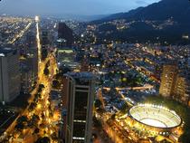 Skyline von Bogota bei Nacht - Kolumbien