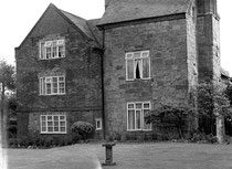 Stonehouse Farm 1981. Image reproduced with the kind permission of King Edward VI Five Ways School Local History Digital Archive. See Acknowledgements for a direct link to their website.