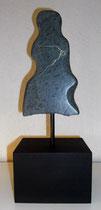 Silhouette  2011; Speckstein dunkel; BxH  10x20 cm H mit Sockel 34 cm