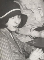 Dorothy Rice Sims  geboren 1889