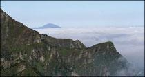 Pic des Escaliers et mer de nuages - Haute Soule - 64