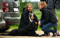 Kromiglück! so muss das sein! Bailey aus dem Hummelgarten und Familie mit Labradorfreundin Ally