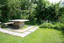 garden table stone 1