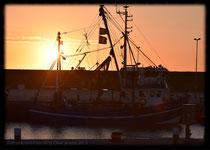 Sonnenuntergang in Hafen