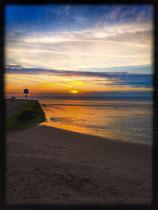 Sonnenuntergang am Strand mit Nivea Ball