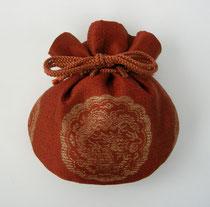 赤地昇龍文金襴宝袋
