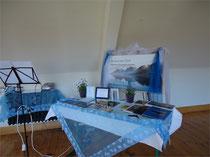 Remsfeld 2011:  Dekorationen zur Ausstellung im Jahreszeitenhaus