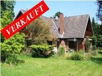Außergewöhnliches Grundstück von 4 Hektar in Plön auf einer Halbinsel - Wasserzugang zu drei Seiten, dazu ein schönes Einfamilienhaus  Angeboten zum Kaufpreis von EUR 690.000,--
