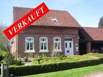 Sehr gepflegtes Landhaus mit einem wunderschönen Garten in Haselau in Elbnähe, ca. 130qm Wohnfläche und ca. 1.940qm Grundstück  Angeboten zum Kaufpreis von EUR 375.000,--