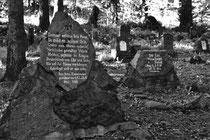 Gedenkstein auf dem Ulanenfriedhof (Hartmannsweilerkopf / Vogesen)