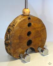 Hantelaber, Baumscheibenkorpus mit Hantelfüßen