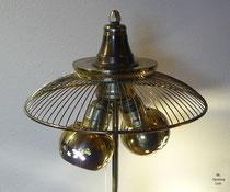 galerie i fotos mit beschreibungen stilvolle beleuchtung aus sch nem schrott und h bschen. Black Bedroom Furniture Sets. Home Design Ideas
