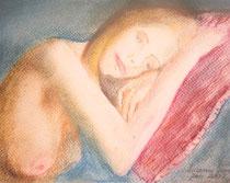 Ausruhen auf dem roten Kissen, Kreide auf Papier, 19x24 cm, 180€ mit Rahmen