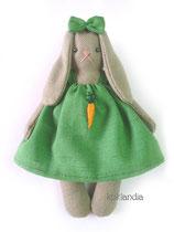 Кролик, рост 12 см. Цена одной игрушки: 350 руб. Цена комплекта из пяти мини-игрушек: 1650 руб.