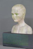 """Kinderseele VI (""""Database""""), Terrakotta auf Weichholzbalken, Gesamthöhe: 49 cm"""