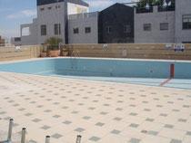 Grande piscine côté gauche