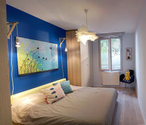 chambre parentale; bleu outremer; beu klein; bleu indogo; IKEA; Pax; chene clair; Petit pan; Patrik; armoire; Lyon; Quebec