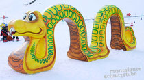 Schlange, Styroporfigur, Oberfläche mit Glasfasergewebe und Epoxydharz verstärkt, gefasst und versiegelt