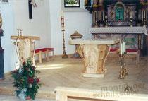 Volksaltar und Ambo in der Kirch Partenen