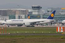 FRA 27.09.2014; D-ALFB Lufthansa Cargo Boeing 777-FBT