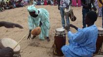 Ousmane DIOUF, griot per il sacro, durante il rituale Ndoep à Yoff